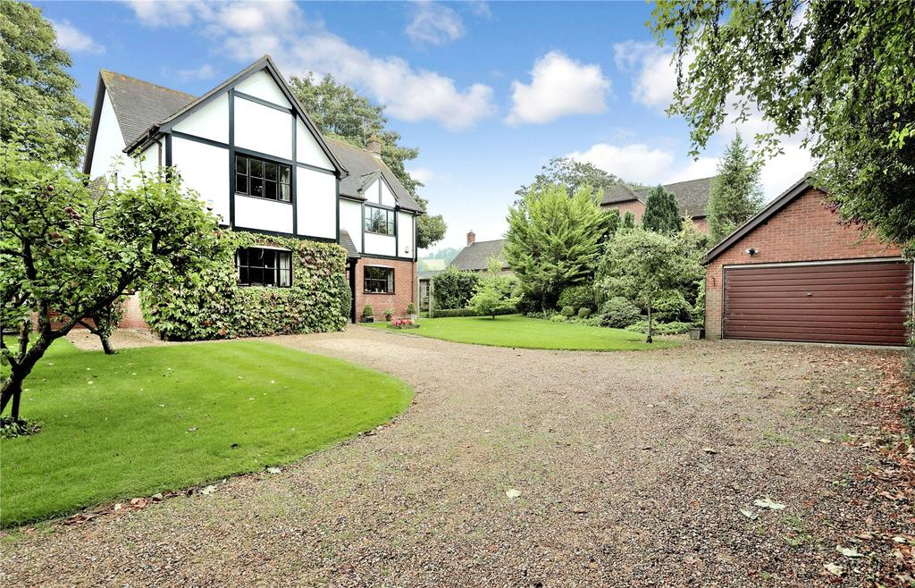 4 Bedrooms Detached House for sale in Aston Court, Iwerne Minster, Blandford Forum, Dorset