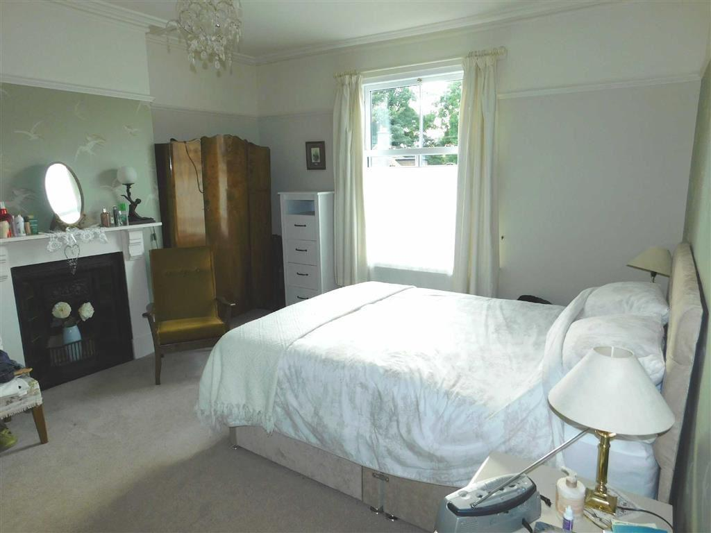 6 Bedrooms Semi Detached House for sale in Harrogate Road, Ripon