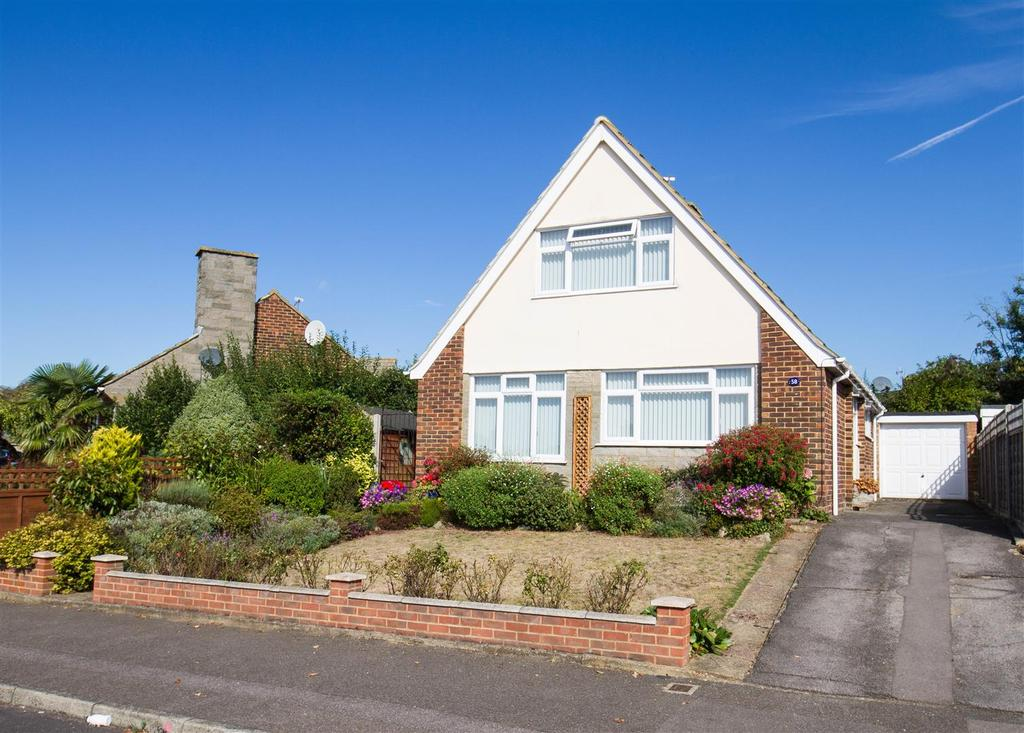4 Bedrooms Detached House for sale in Madginford Road, Bearsted, Maidstone
