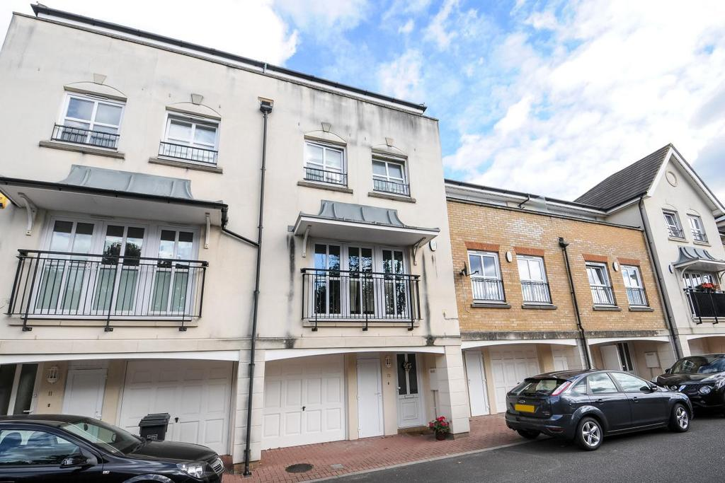 5 Bedrooms Terraced House for sale in Glenmere Row, Lee, SE12