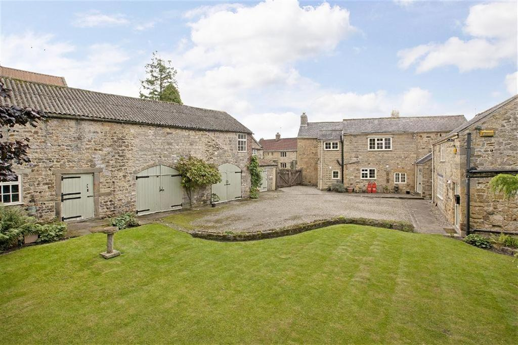 4 Bedrooms Detached House for sale in Shaw Lane, Knaresborough, North Yorkshire