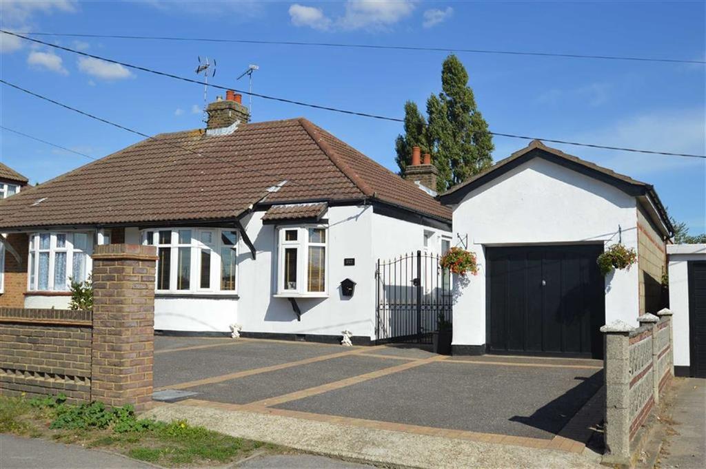 3 Bedrooms Semi Detached Bungalow for sale in Ashingdon Road, Ashingdon, Essex