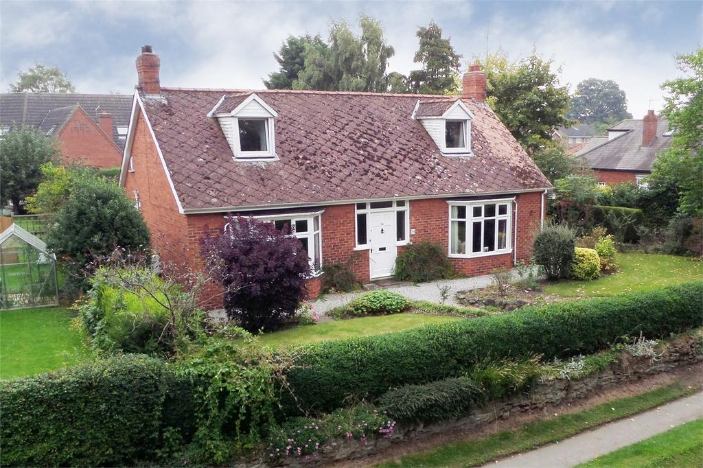 3 Bedrooms Detached House for sale in The Mile, Pocklington, York