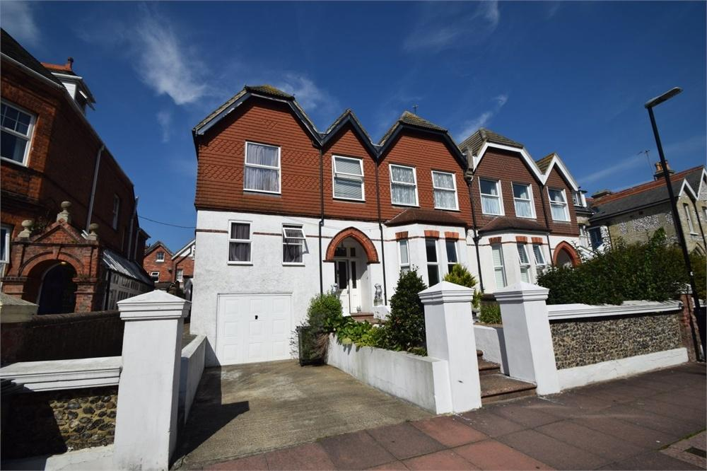 12 Bedrooms Semi Detached House for sale in Hartfield Road, Upperton, East Sussex