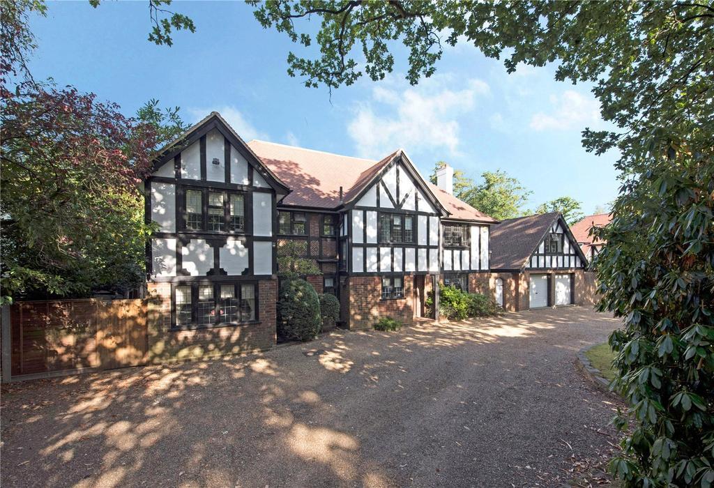 5 Bedrooms Detached House for sale in Oatlands Chase, Weybridge, Surrey, KT13