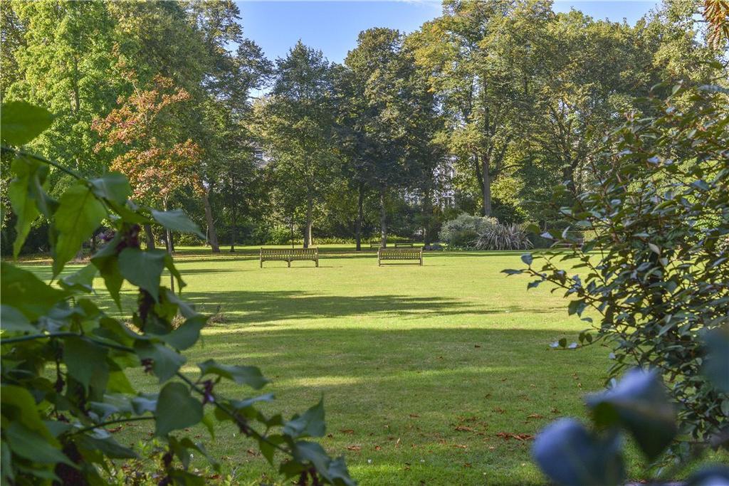 Malvern court onslow square south kensington london - Mostardi s newtown square garden ...
