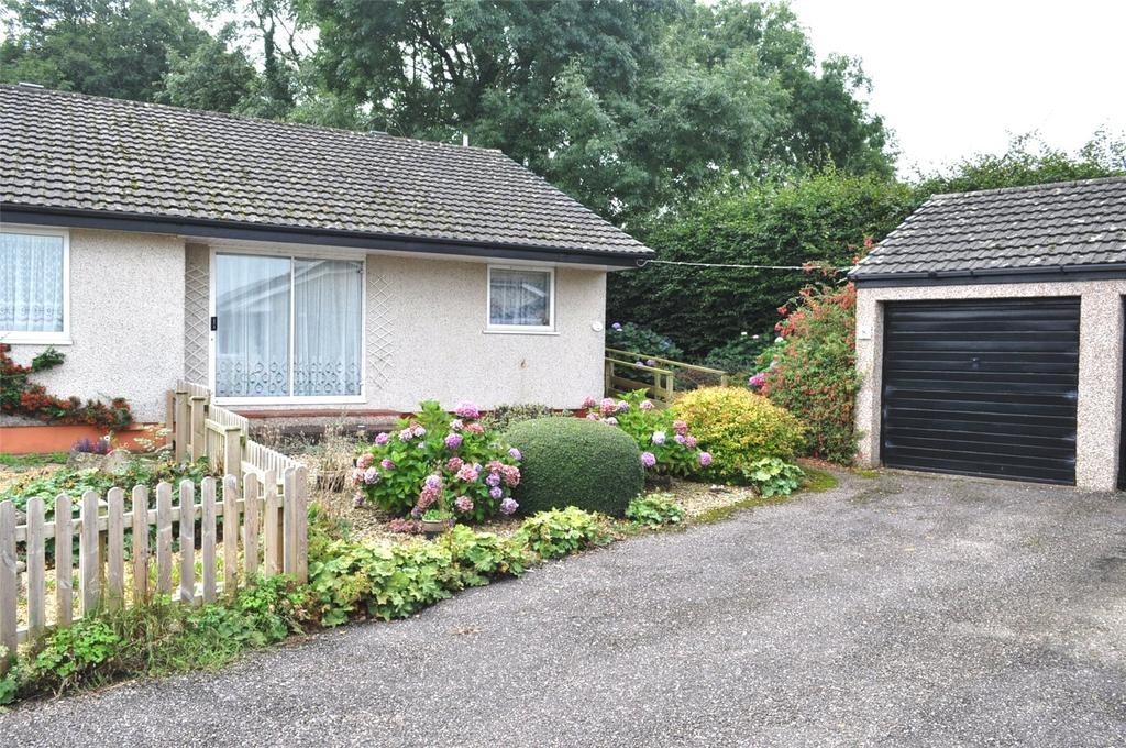 2 Bedrooms Bungalow for sale in Le Marchant Close, Dunkeswell, Honiton, Devon, EX14