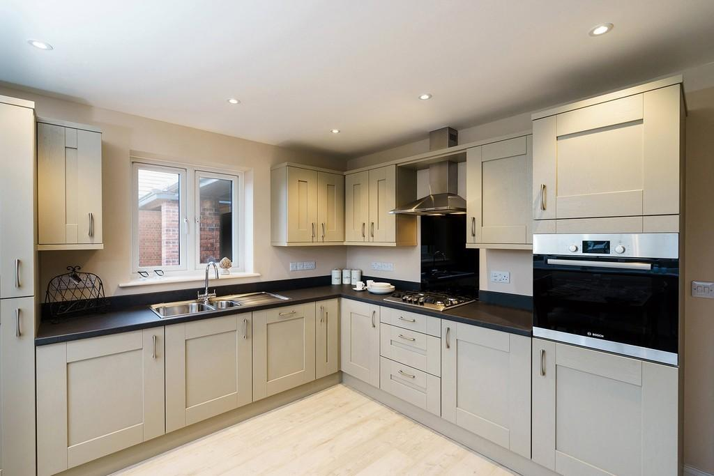 2 Bedrooms Detached Bungalow for sale in 6 The Dunes, Seascale, Cumbria
