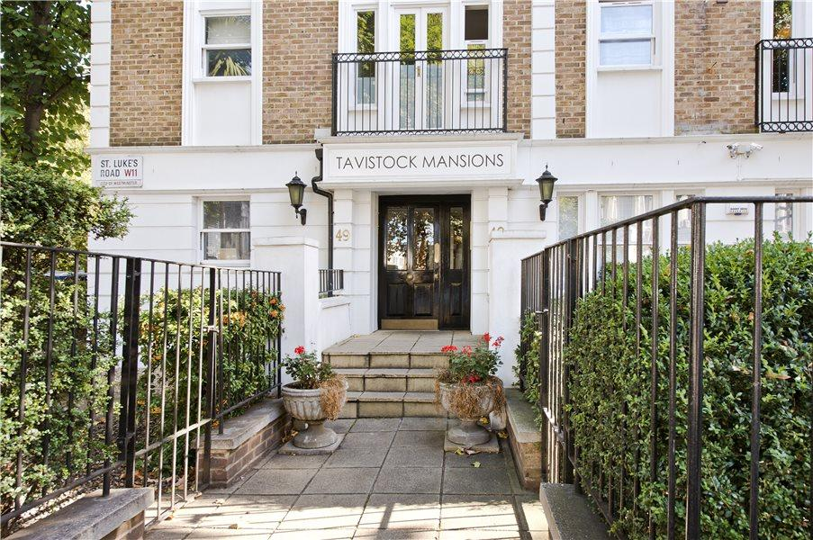 3 Bedrooms Flat for sale in St. Lukes Road, Notting Hill W11