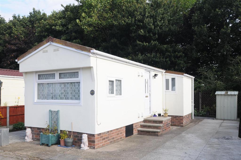 1 Bedroom Park Home Mobile Home for sale in Marsh Lane, Frodsham