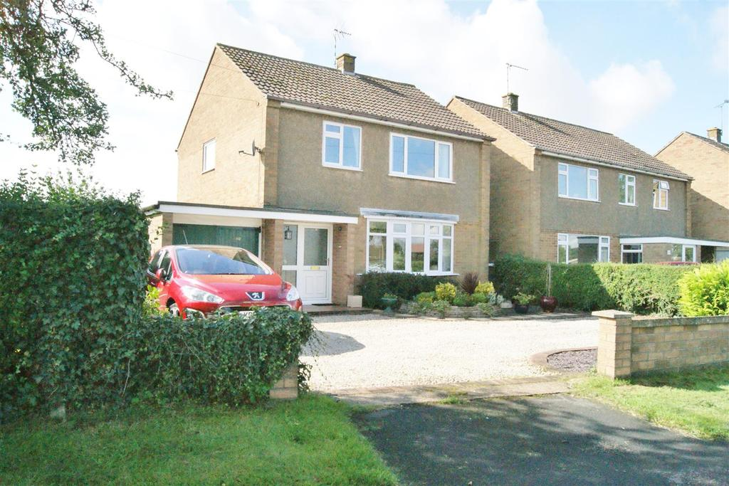 3 Bedrooms Detached House for sale in Alwyn Road, Bilton, Rugby