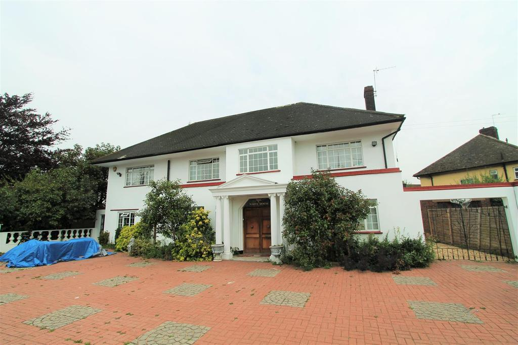 11 Bedrooms Detached House for sale in West View, Hatfield