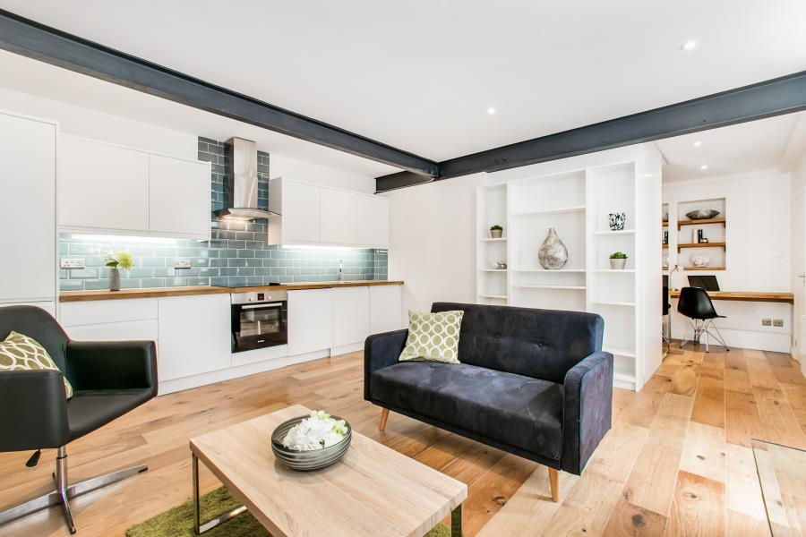 Studio Flat for sale in Westbourne Gardens, W2