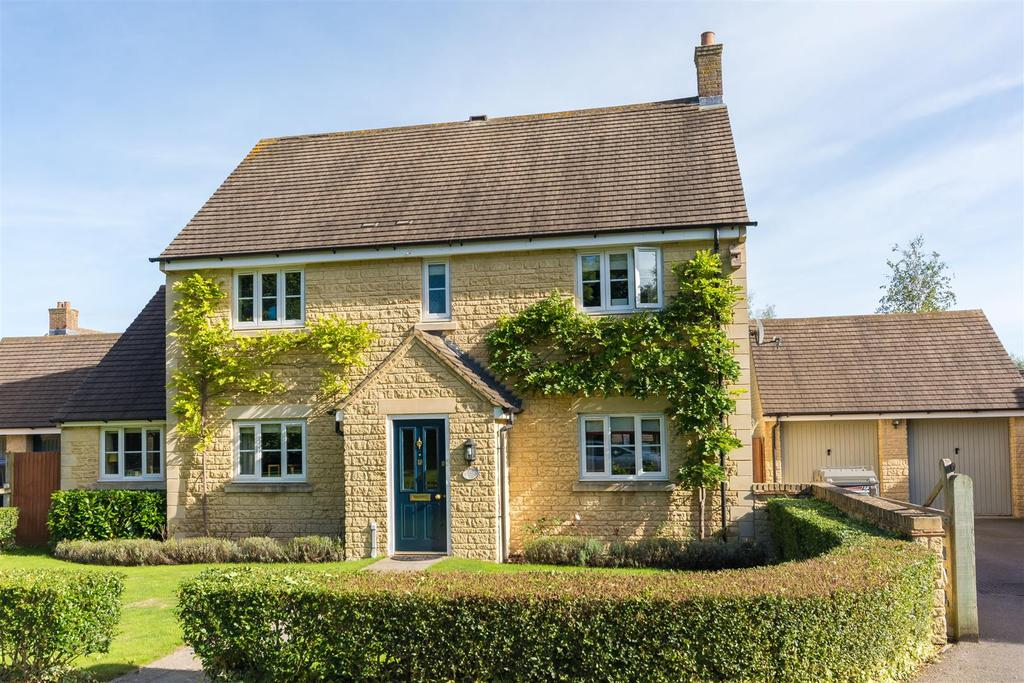 4 Bedrooms Detached House for sale in Cranberry Road, Witney