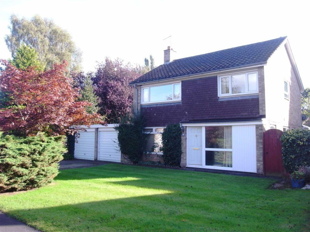 4 Bedrooms Detached House for sale in The Chase, Hurworth, Darlington