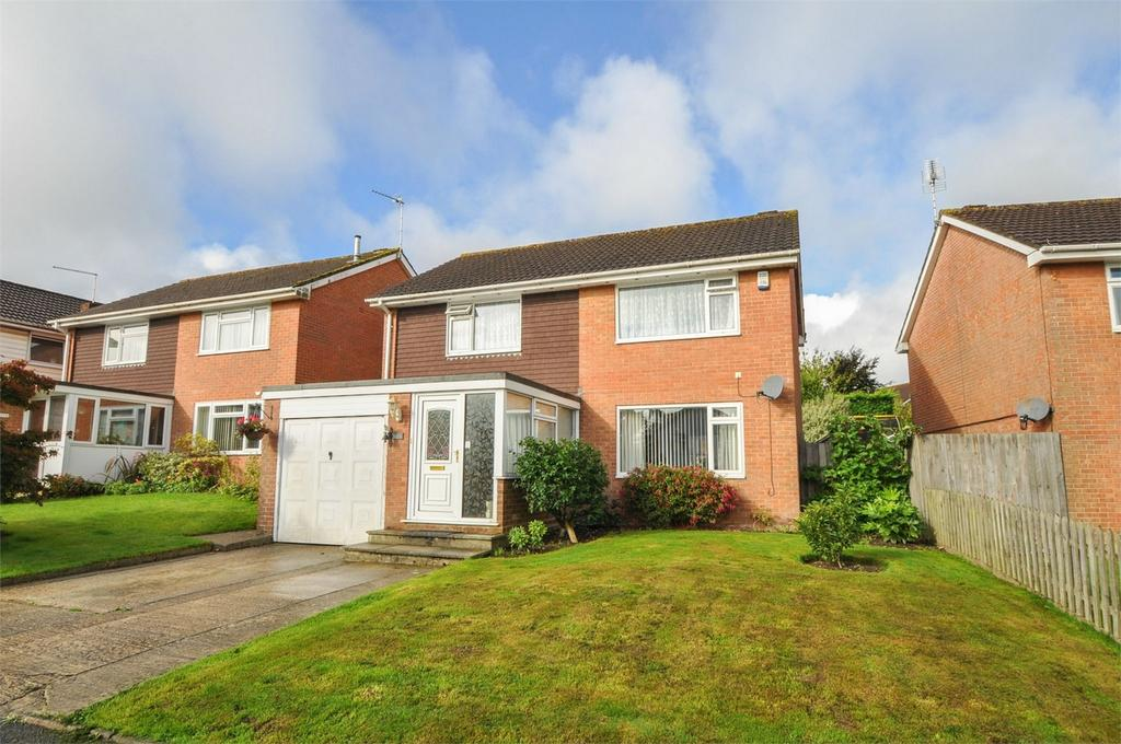 4 Bedrooms Detached House for sale in Rempstone Road, Merley, Dorset