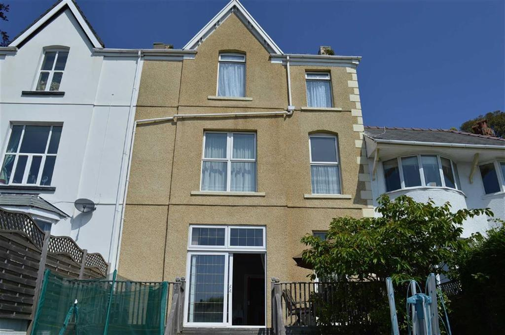 6 Bedrooms Terraced House for sale in Heathfield, Swansea, SA1