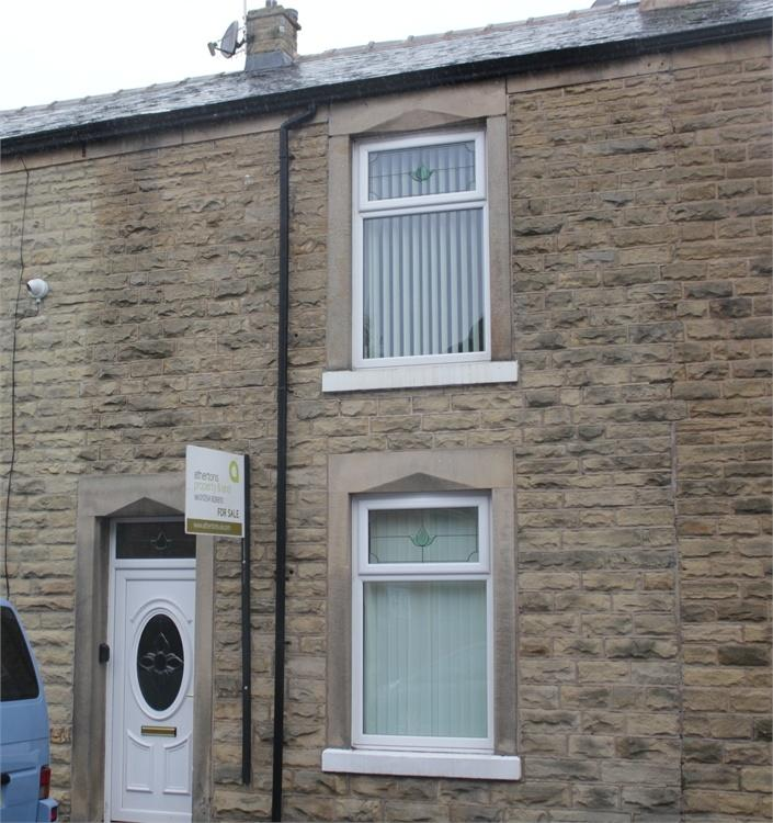 2 Bedrooms Terraced House for sale in 3 Queen Street, Whalley