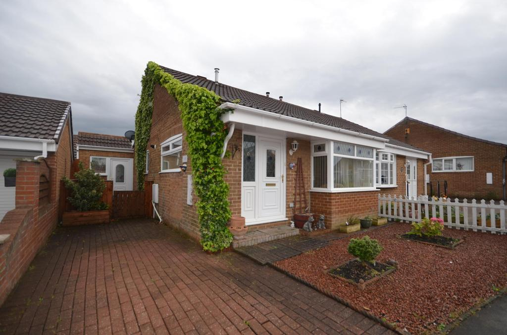 3 Bedrooms Semi Detached Bungalow for sale in Wardley