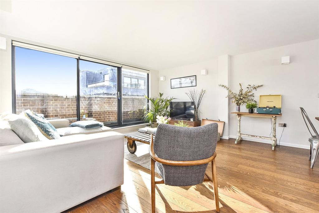 2 Bedrooms Flat for sale in Regnum Apartments, 6 Wheler Street, London, E1