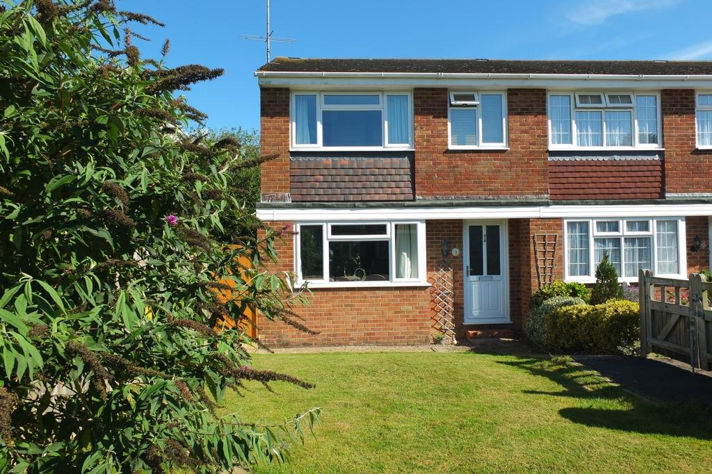 3 Bedrooms House for sale in Rothley Chase, Haywards Heath, RH16