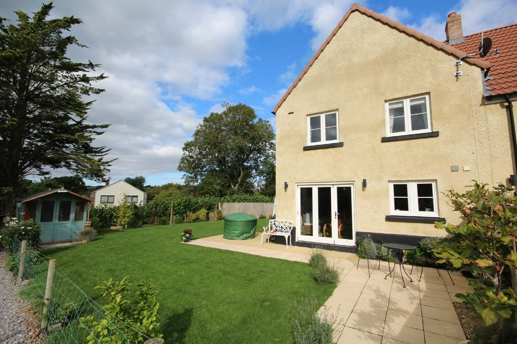 4 Bedrooms Terraced House for sale in The Courtyard , Ubley