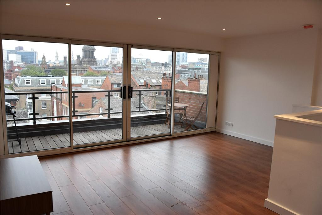 2 Bedrooms Flat for rent in Landmark House, Park Place, Leeds, West Yorkshire, LS1