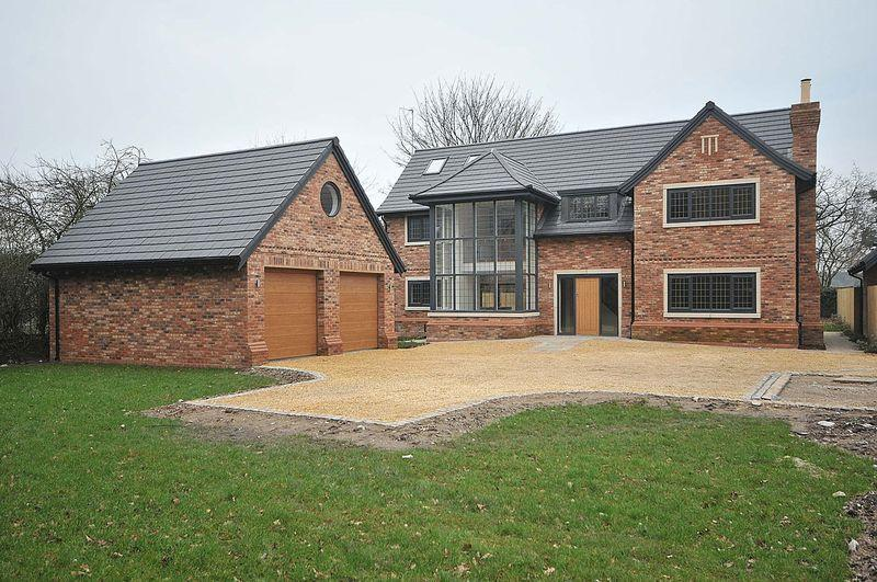 4 Bedrooms Detached House for sale in Goostrey Lane, Cranage