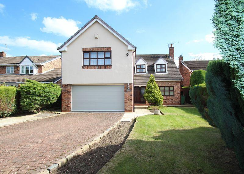 4 Bedrooms Detached House for sale in Kimberley Avenue, Romiley