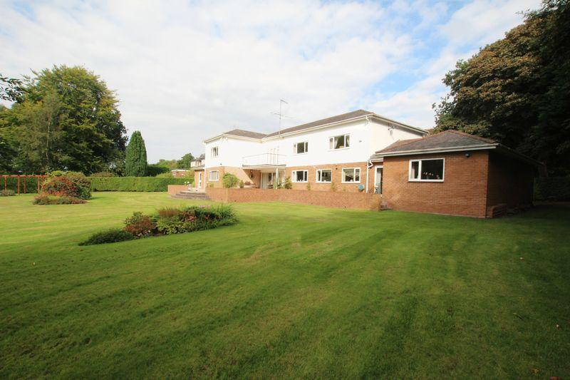 6 Bedrooms Detached House for sale in Oaklea, Chester High Road, Neston