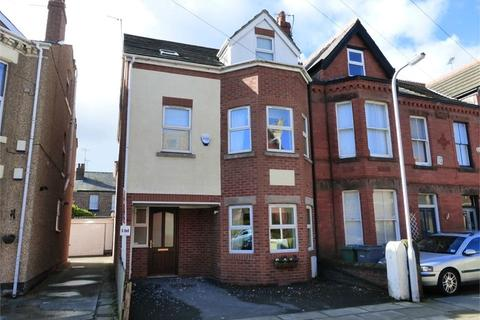 5 bedroom end of terrace house for sale - Eaton Road, West Kirby