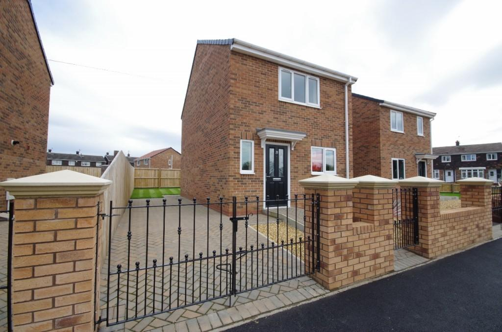 3 Bedrooms Detached House for sale in Rockingham Road, Redhouse, SR5