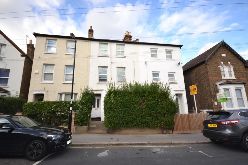 3 Bedrooms Terraced House for sale in Albert Road, South Norwood, London, SE25