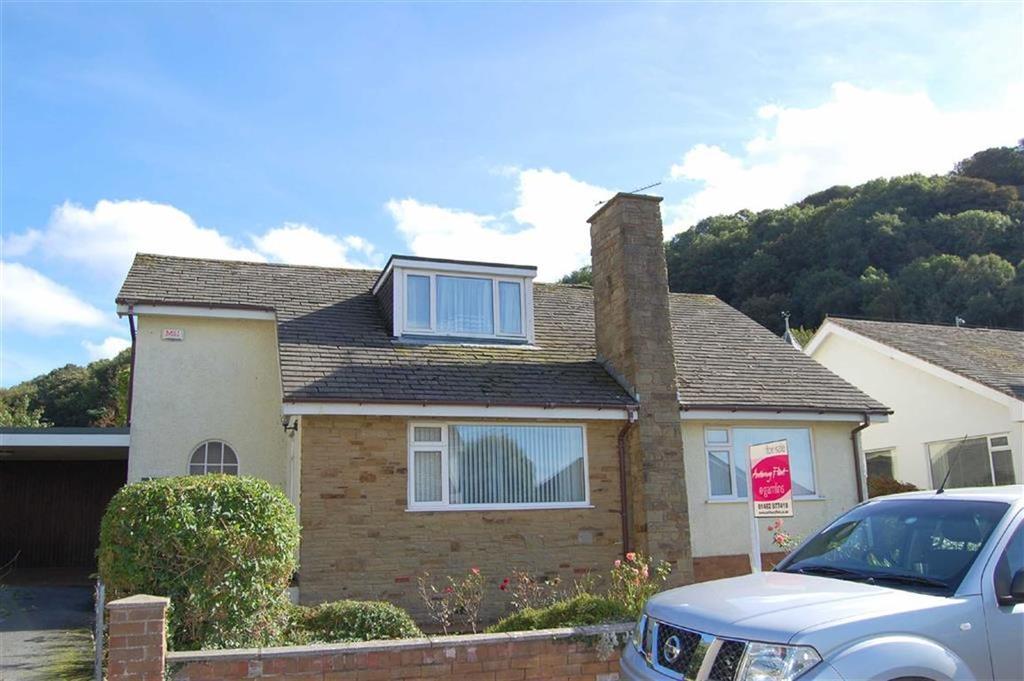 3 Bedrooms Detached Bungalow for sale in Cwrt Bryn Y Bia, Craigside, Llandudno, Conwy