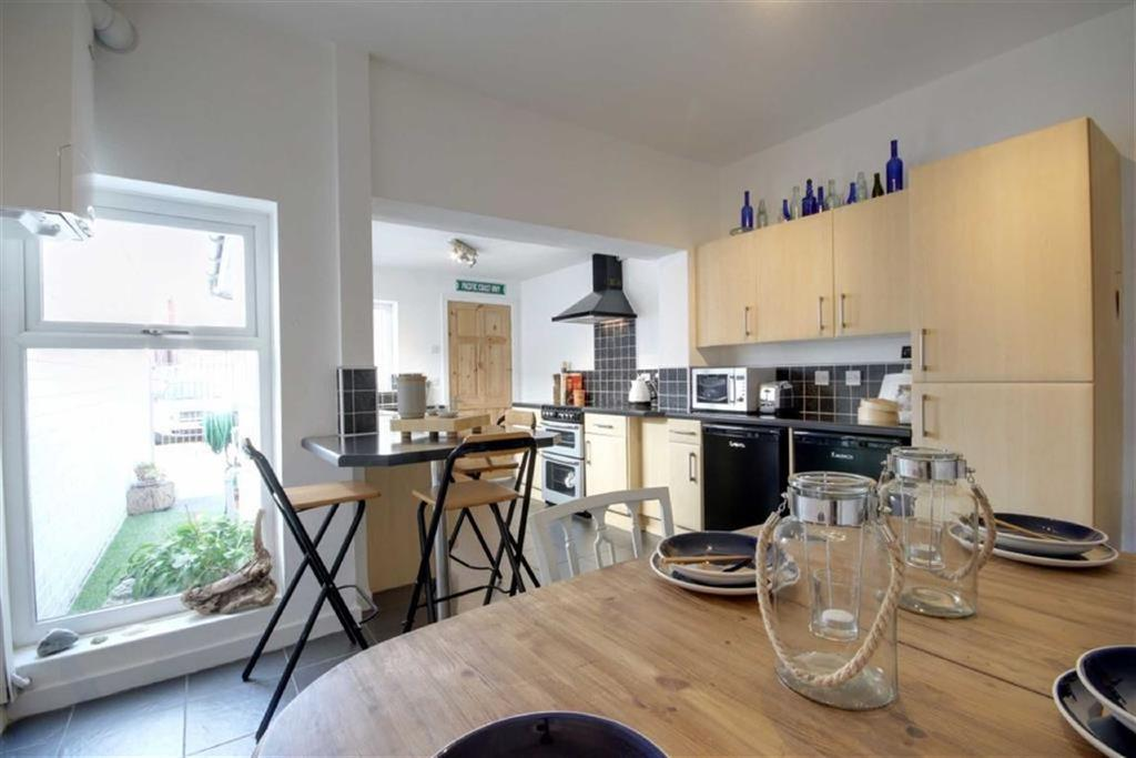 2 Bedrooms Terraced House for sale in Crawford Road, Crawford Village, Crawford, WN8
