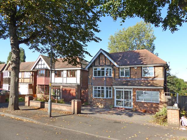 4 Bedrooms Detached House for sale in Gibson Road,Handsworth,Birmingham
