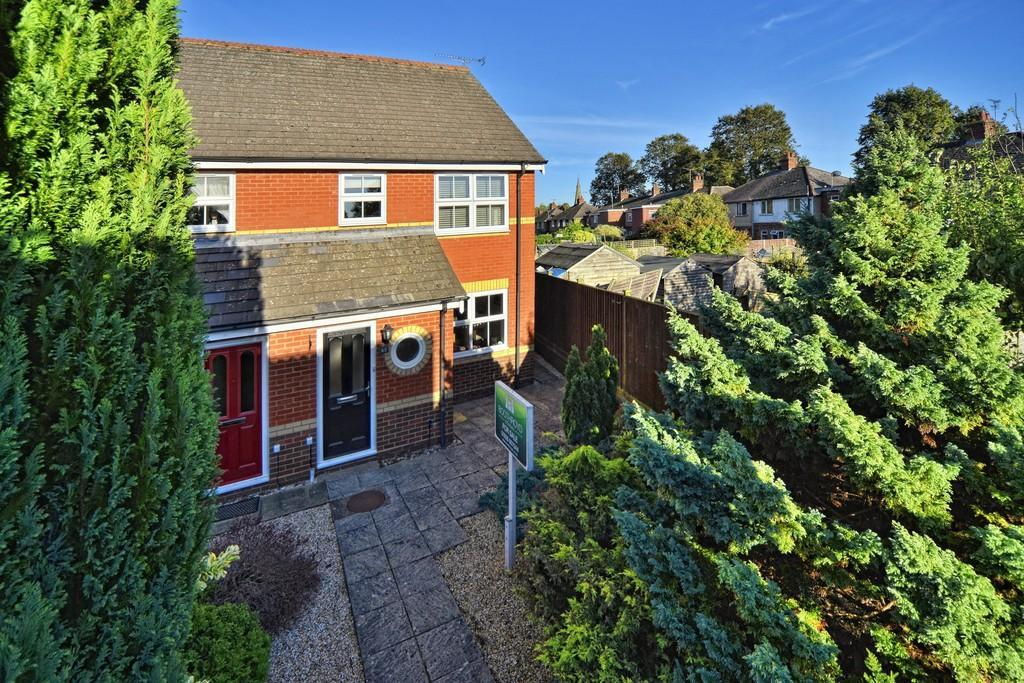 3 Bedrooms End Of Terrace House for sale in Moorlands Avenue, Kenilworth