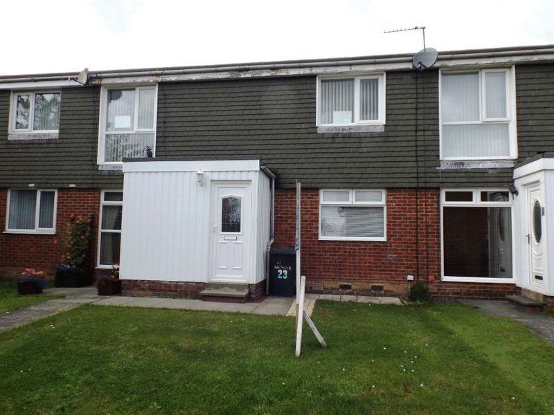 2 Bedrooms Flat for sale in Harthope, Ellington, Morpeth