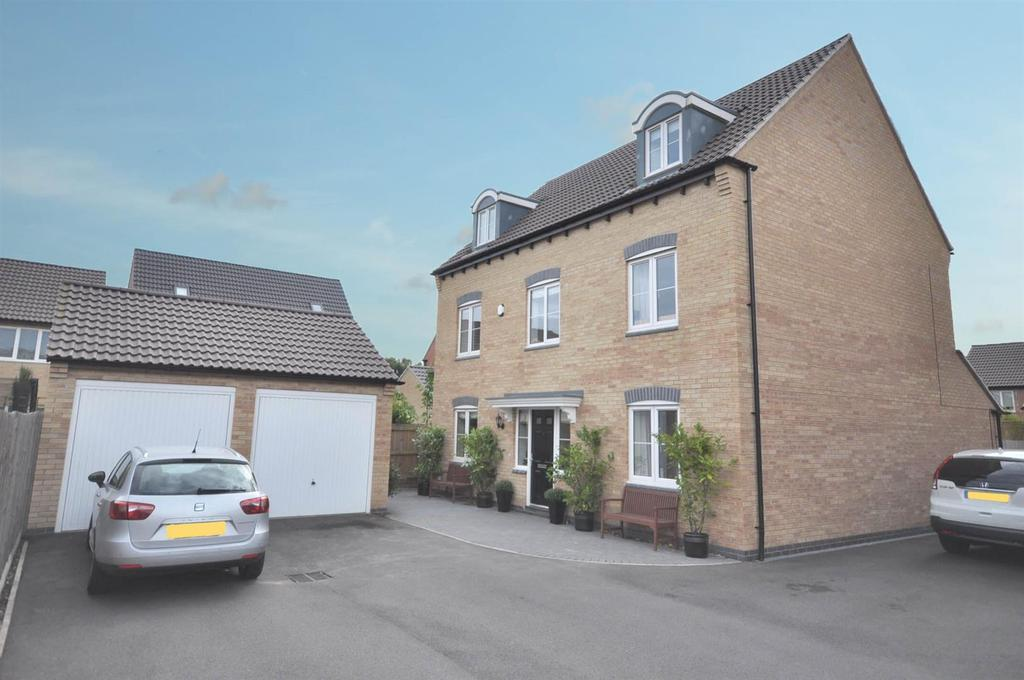 5 Bedrooms Detached House for sale in Hampden Road, Newton, Nottingham