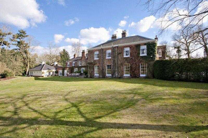 8 Bedrooms Unique Property for sale in Guist, Dereham, Norfolk, NR20