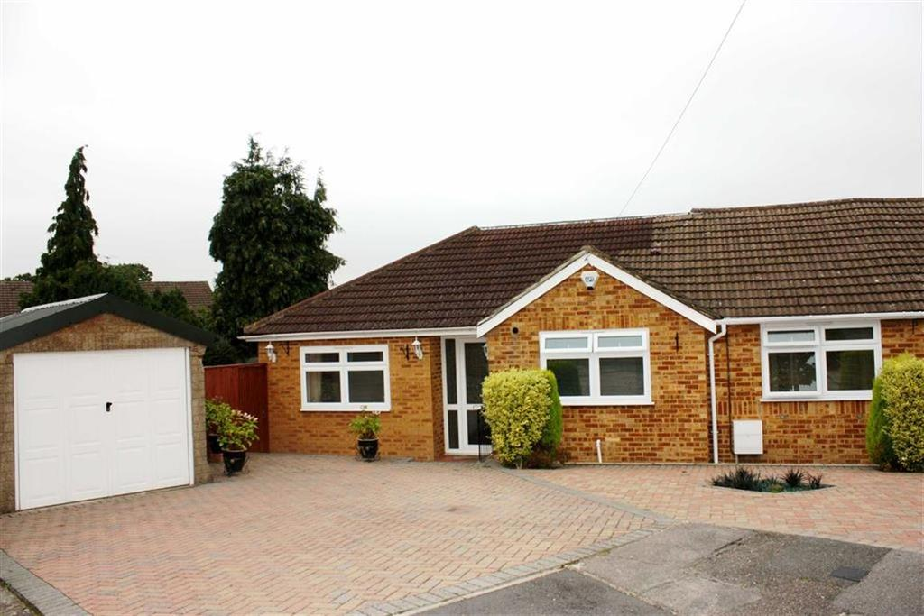 3 Bedrooms Semi Detached Bungalow for sale in Felton Close, Petts Wood
