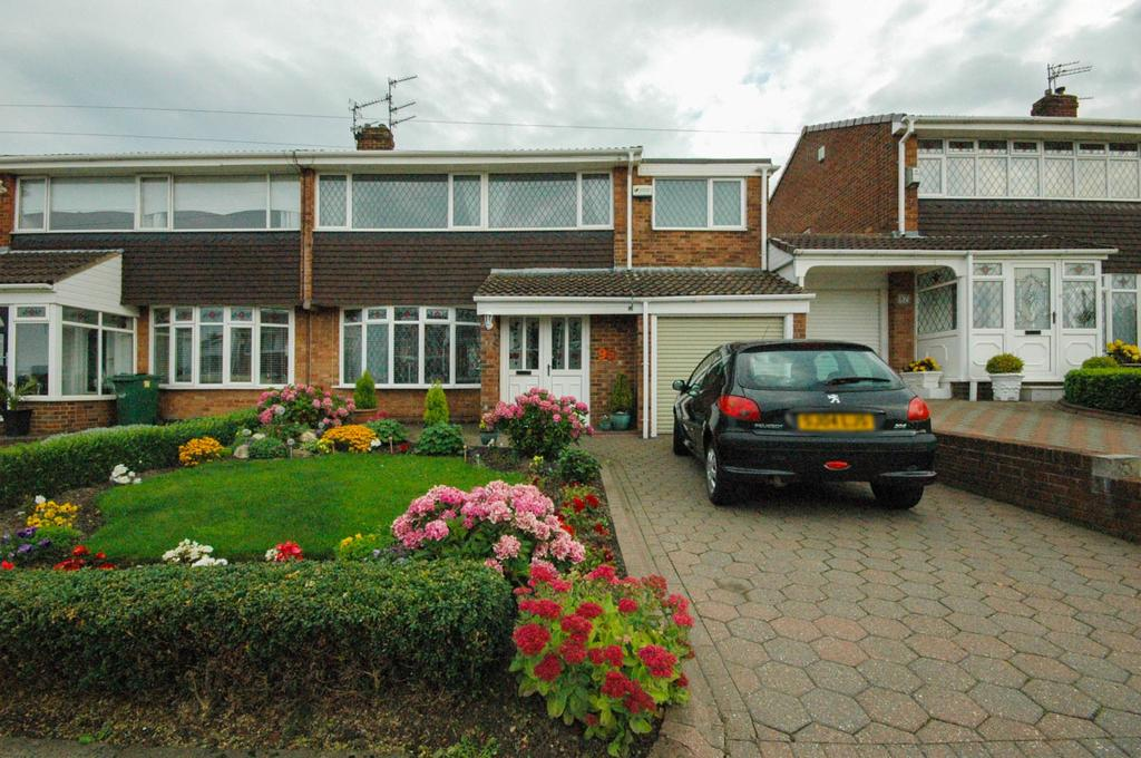 4 Bedrooms Semi Detached House for sale in Sevenoaks Drive, Hastings Hill