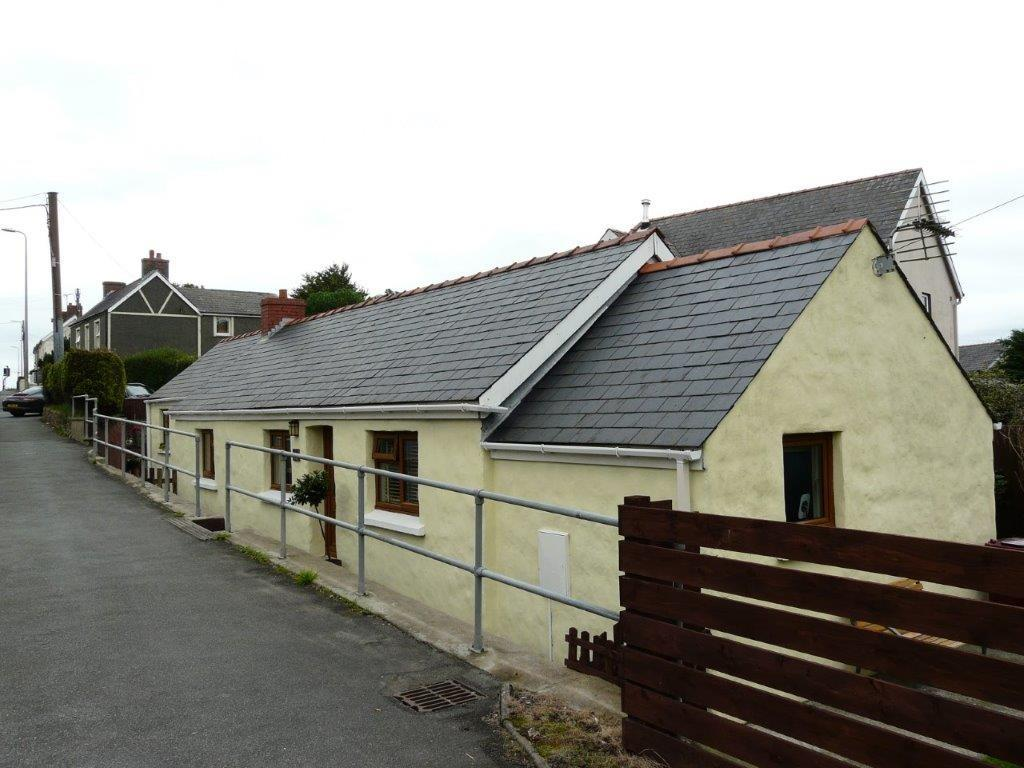 2 Bedrooms Detached Bungalow for sale in Johnston, Haverfordwest
