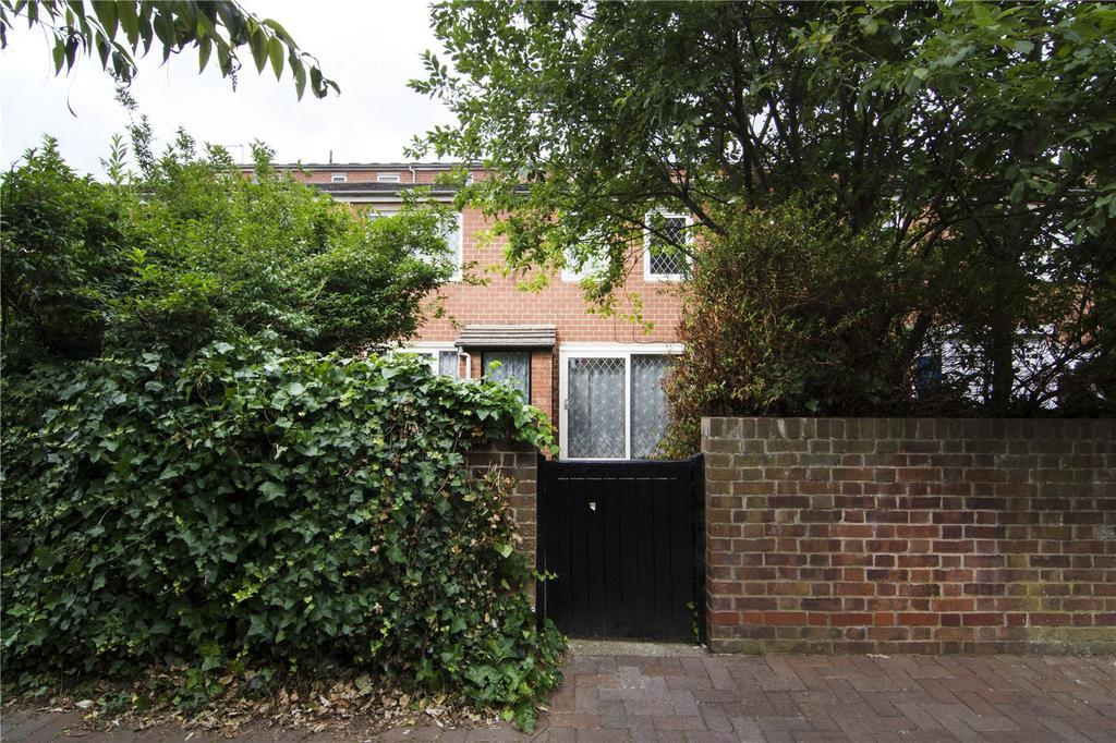 3 Bedrooms Terraced House for sale in Approach Close, London, N16