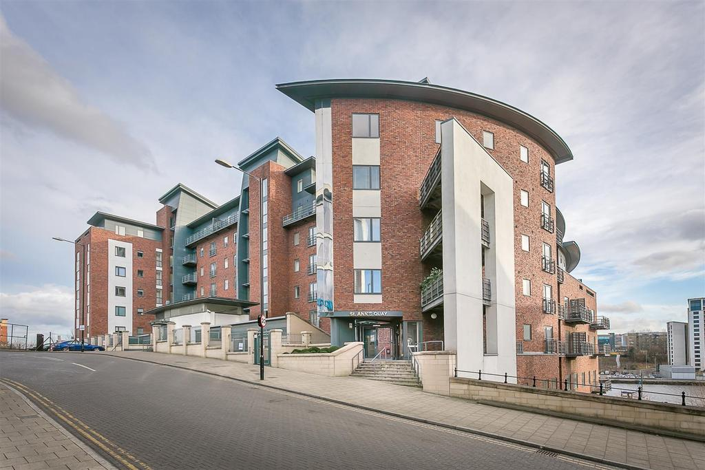 2 Bedrooms Flat for sale in St. Anns Street, Quayside, Newcastle upon Tyne
