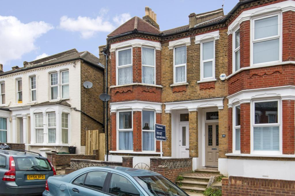 2 Bedrooms Flat for rent in Wolfington Road, West Norwood, London, SE27
