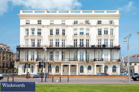 1 bedroom flat to rent - Adelaide Mansions, First Avenue, Hove, East Sussex, BN3