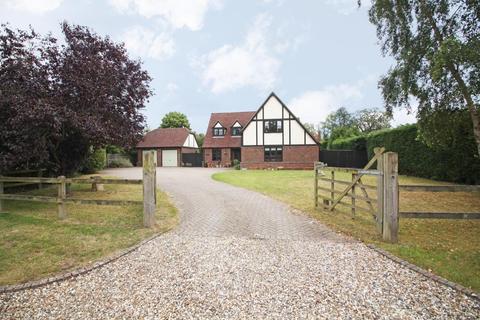 4 bedroom detached house to rent - Burghfield Bridge, Burghfield, Reading, Berkshire, RG30