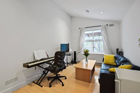 2 bedroom apartment to rent - Loftus Road, Shepherds Bush, London, W12