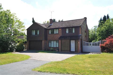 5 bedroom detached house to rent - Butlers Court Road, Beaconsfield, Bucks, HP9